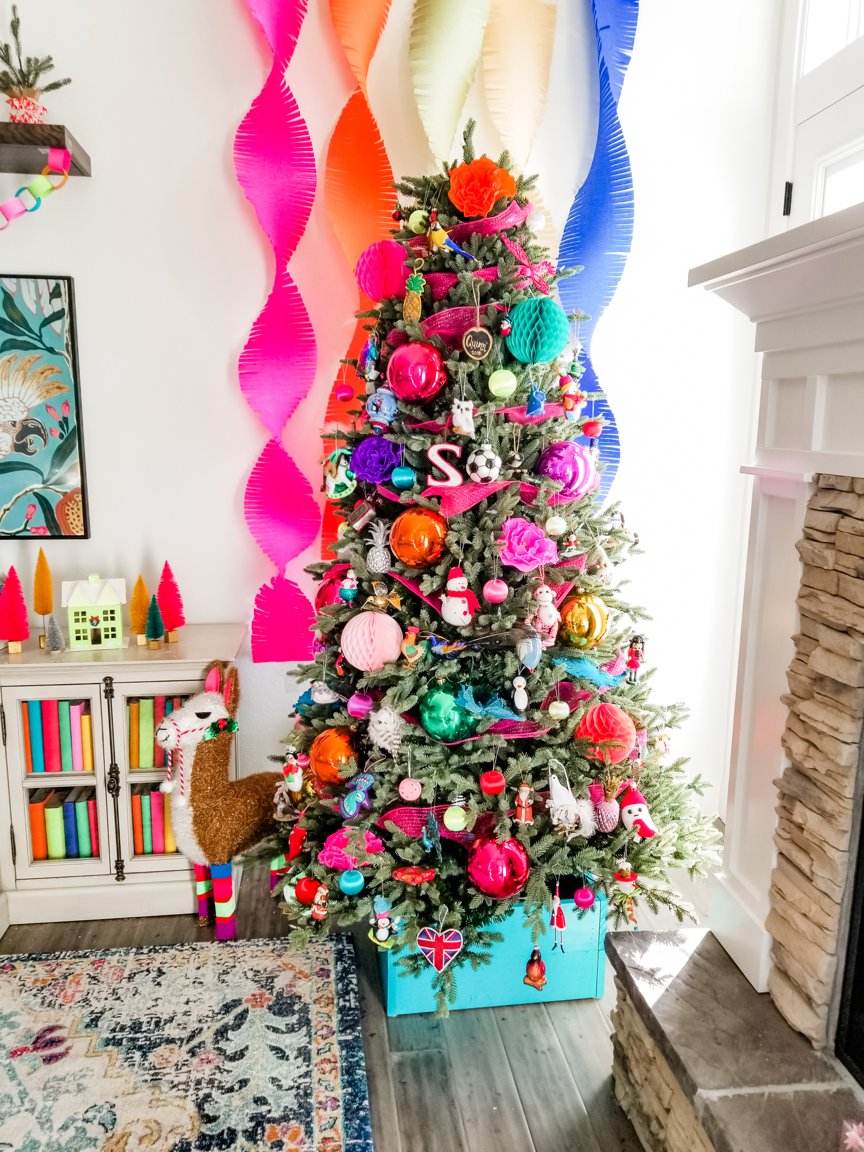 Easy tree decorating steps