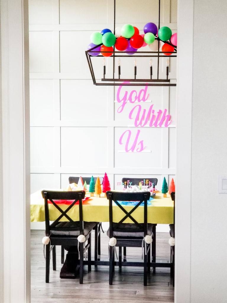Simple and bright dining room