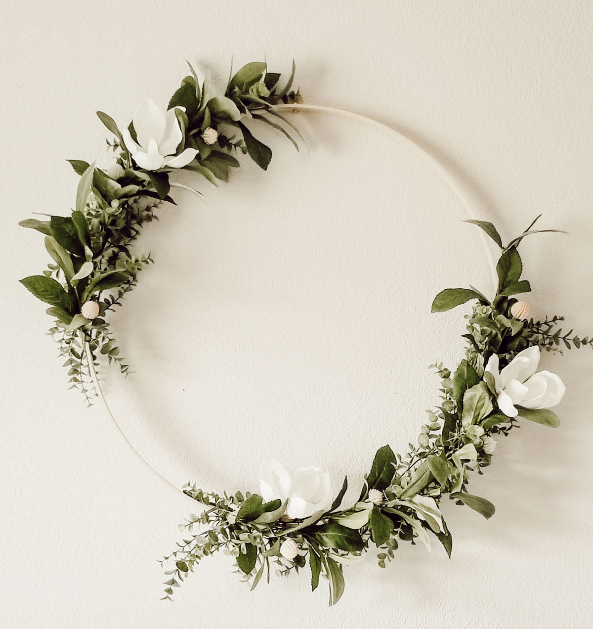 How to create a modern farmhouse wreath